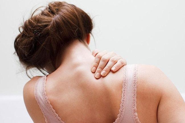 Три основных способа облегчить боль в шее