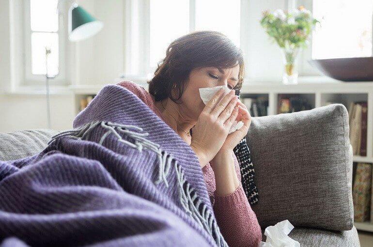Домашнее и медикаментозное лечение простуды