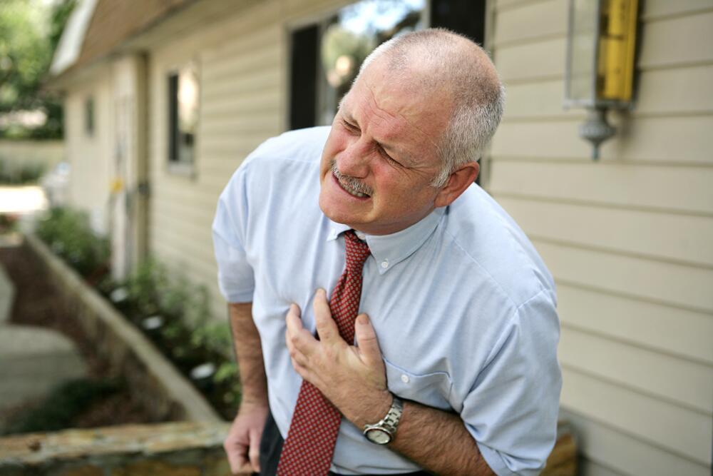 Что-то сердце прихватило…Инфаркт или невралгия?