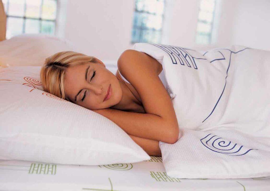 Как научиться ложиться спать раньше обычного времени: ценные советы и способы