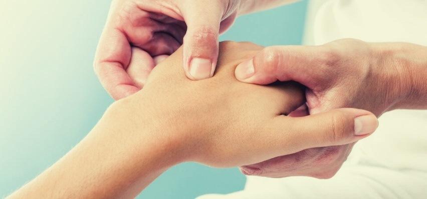 Артрит - симптомы, причины, лечение
