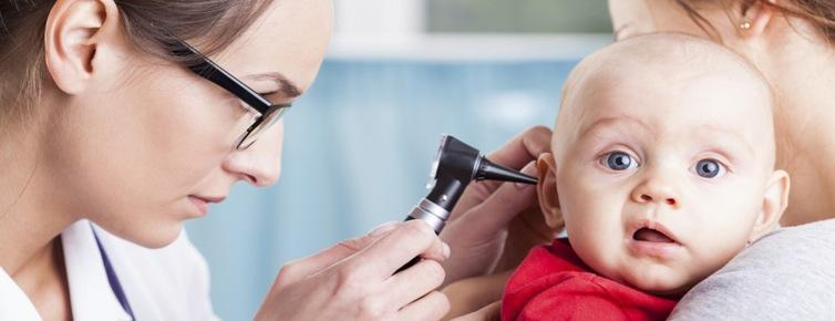 Как лечить отит у детей?