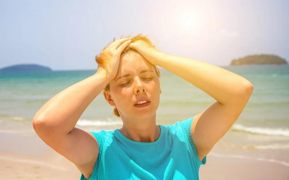 Солнечный удар может быть фатальным: симптомы, причины солнечного удара и первая помощь